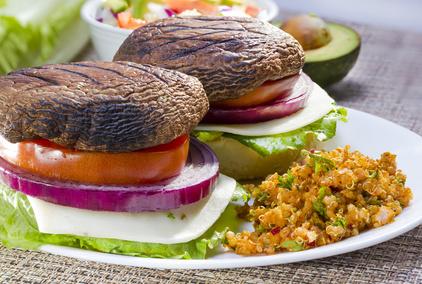 Vegetariánský hamburger bez housky