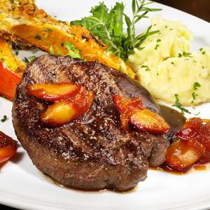 Hovězí biftek marinovaný ve švestkách