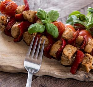 Vepřový s rajčaty a chutí dvou bylin