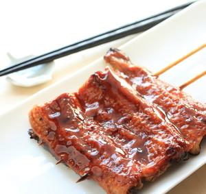 Grilovaný úhoř s asijskou chutí