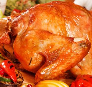 Kuře na rožni plněné grilovanou zeleninou