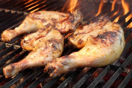 Grilovaná kuřecí stehna ve vaječné marinádě
