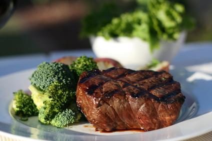 Hovězí steak s brokolicí