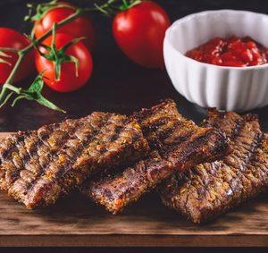 Pepřovo-hořčičné steaky somáčkou